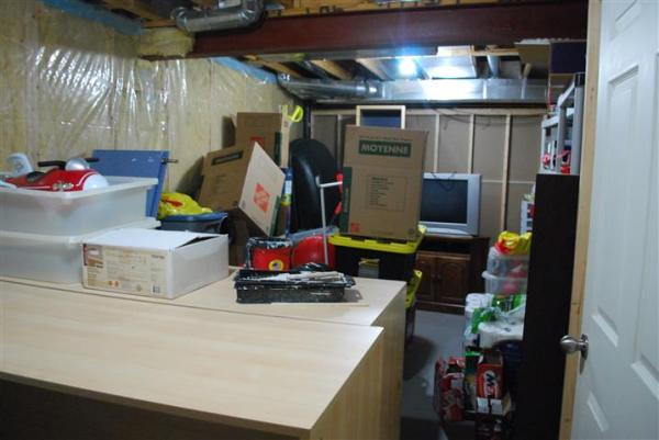 storageroom1