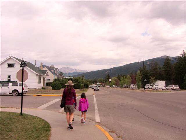 874_WalkingInJasper