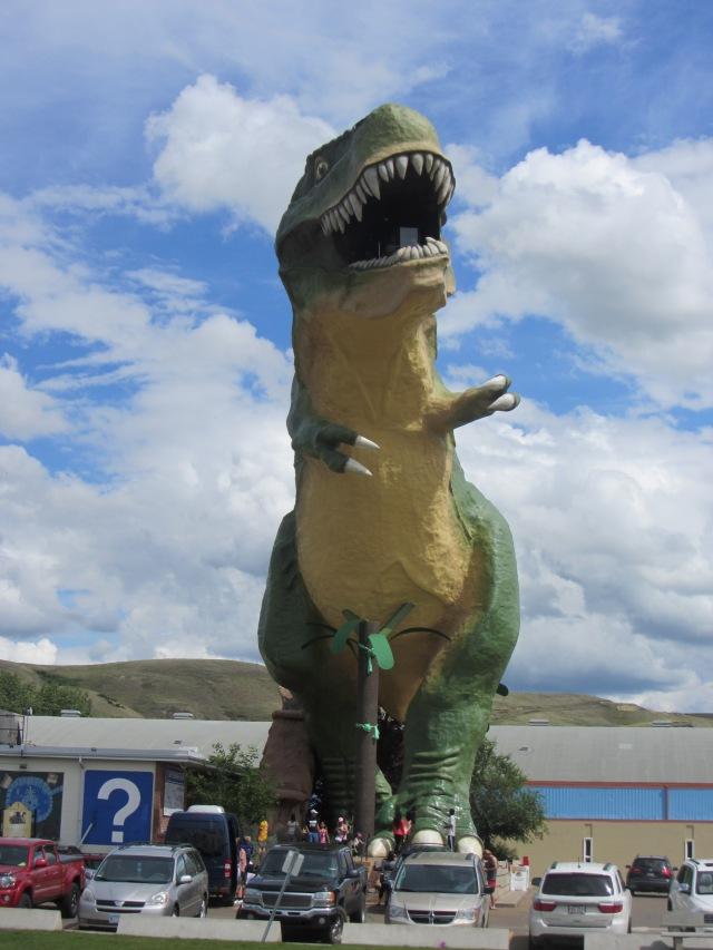 345_WorldsBiggestDinosaur